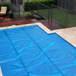 Daisy Pool Cover standard blue